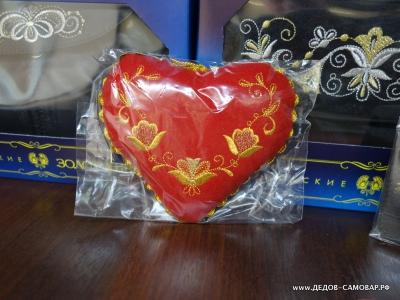 Изделия Торжокских золотошвей